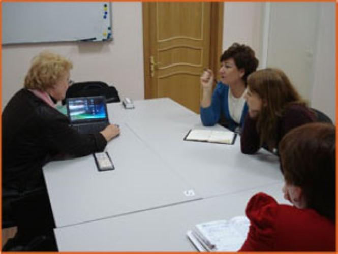 Вера Хоффманнова представитель института языковой и профессиональной подготовки Карлова университета